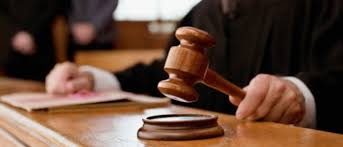 Juicio de divorcio express contencioso, ¿quien decide el Juez o el Fiscal?